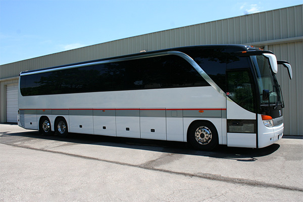 Los Angeles 56 Passenger Charter Bus